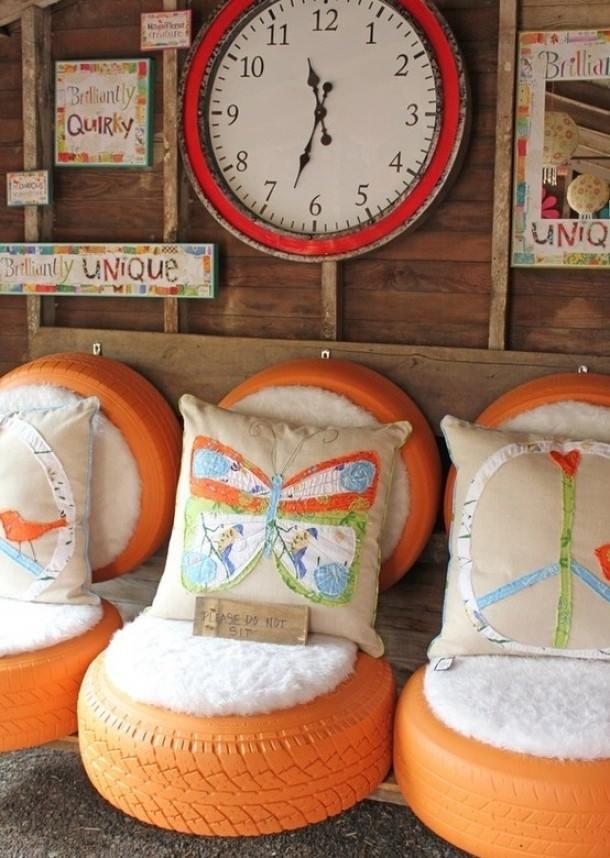 pneu-cadeiras-laranja