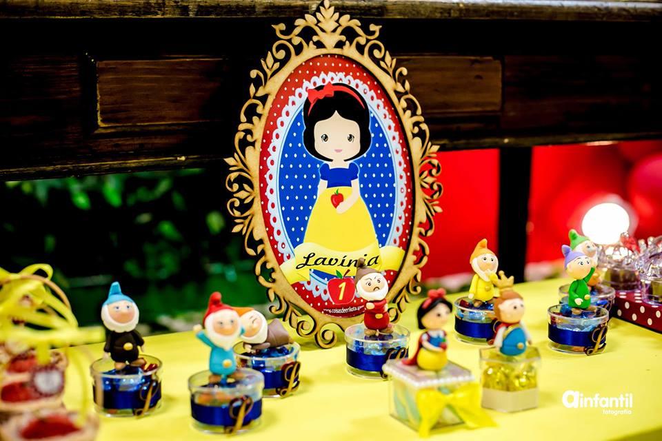 Festa Branca de Neve casa da cris enfeite de mesa