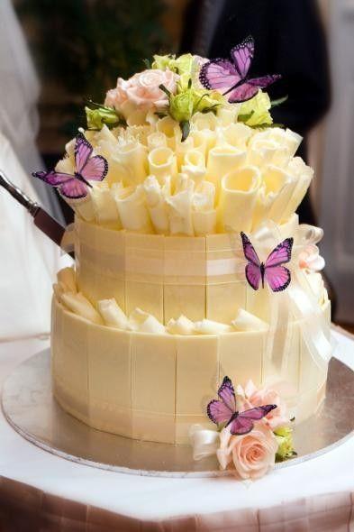 casa-da-cris-15-anos-bolo-borboletas-amarelas