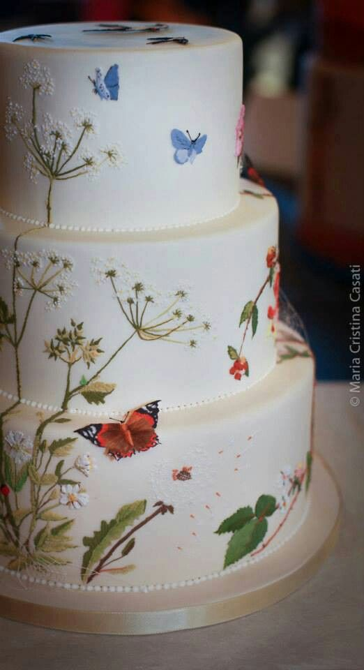 casa-da-cris-15-anos-bolo-borboletas