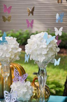 casa-da-cris-15-anos-enfeite-de-mesa-borboletas