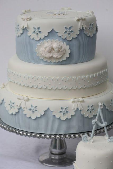 casa-da-cris-batismo-bolo-azul