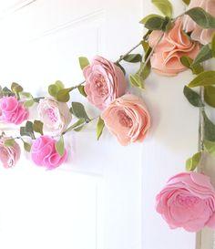 casa-da-cris-guirlanda-rosa