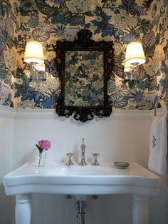 casa-da-cris-lavabo-papel-de-parede-classico