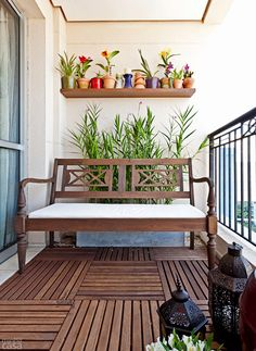 casa-da-cris-varanda-pequena-flores