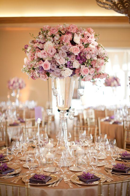 decoracao-de-casamento-rosa-mesa-com-arranjo