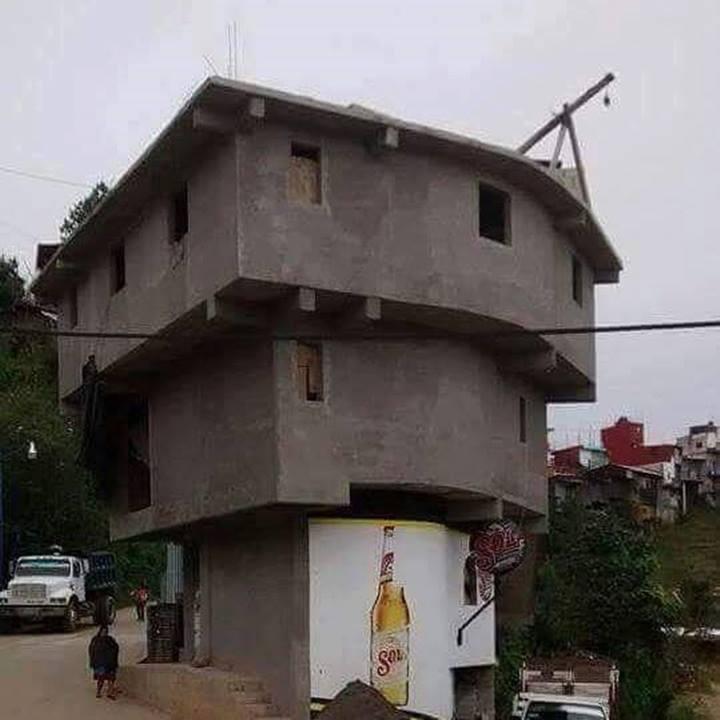 casa da cris pirâmide construção