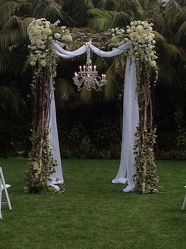casa-da-cris-casamento-rustico-altar-externo
