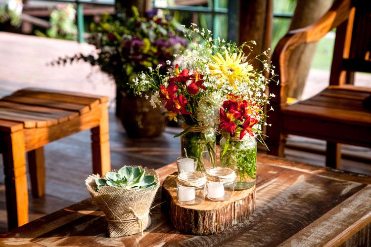 casa-da-cris-casamento-rustico-decoracao-de-mesa