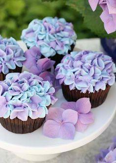 casa-da-cris-cupcakes-vasinho-hortensia