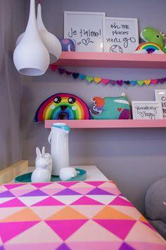 casa-da-cris-kids-quarto-prateleiras