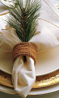 casa-da-cris-mesa-de-natal-guardanapo-dourada
