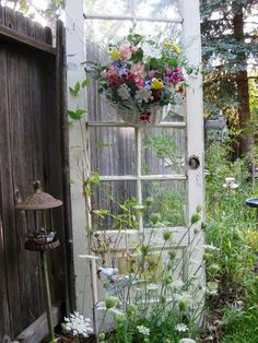 casa-da-cris-reciclagem-de-portas-jardim