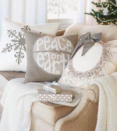 casa-da-cris-natal-bege-sofa