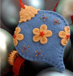 casa-da-cris-ornamentos-bola-azul